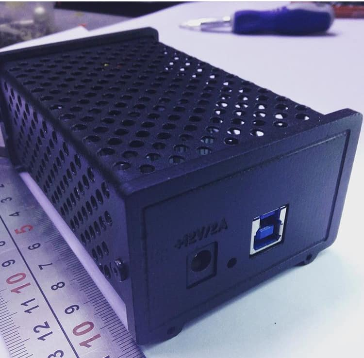 AtomMiner AM01 FPGA Crypto-Miner